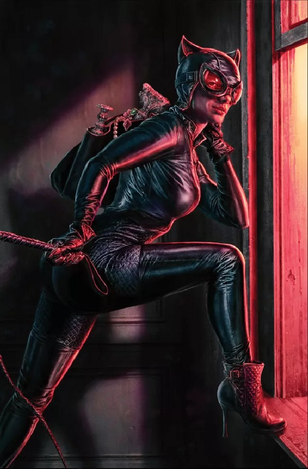 Catwoman 25 Card Stock Variant Cover By Lee Bermejo (VO)